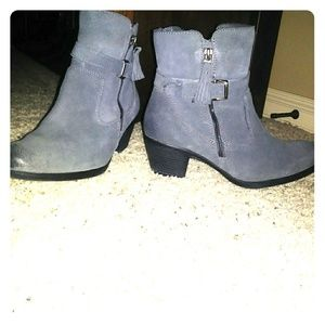 Earth Brand Ankle Boots